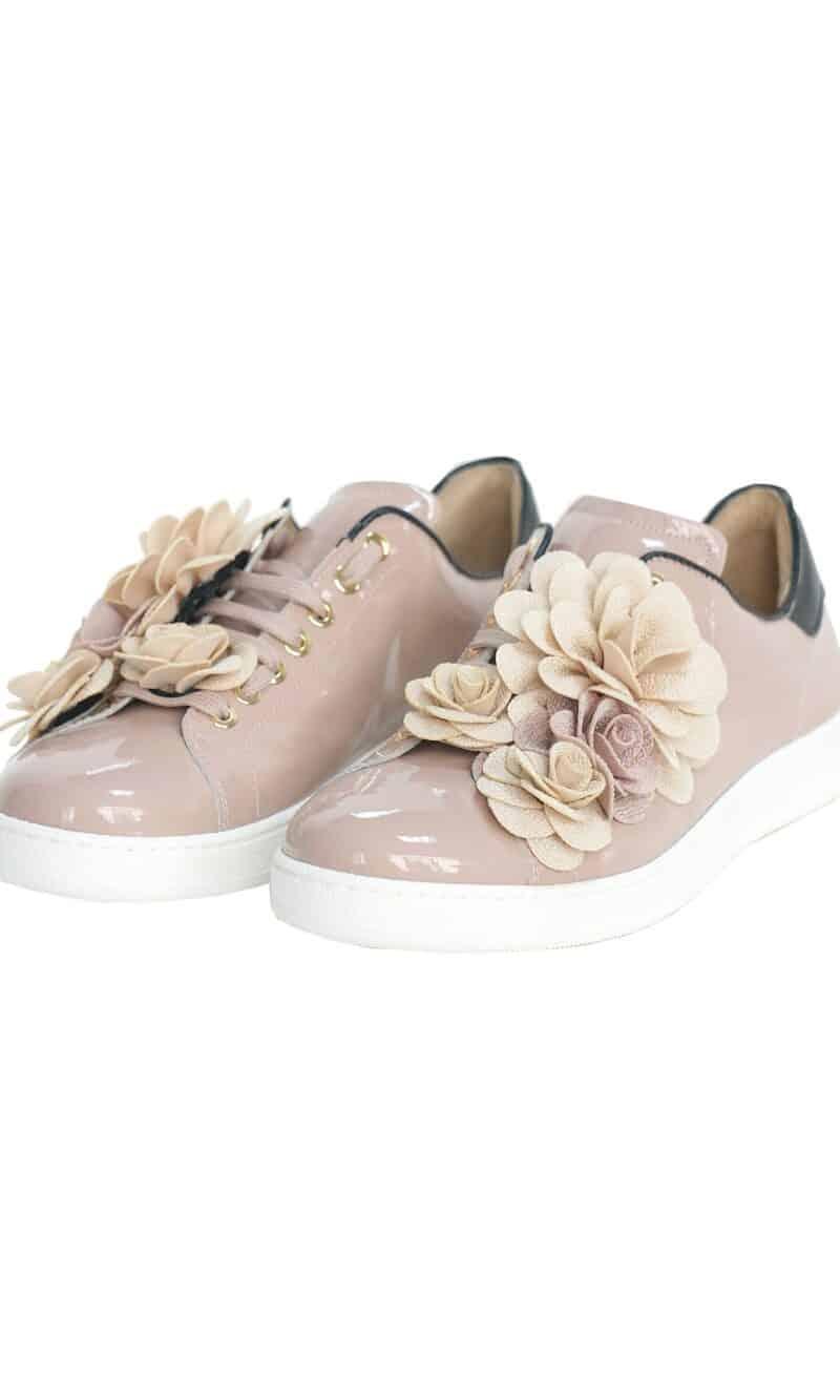 Dusty pink flower embellished elegant patent leather sneakers - Pokemaoke