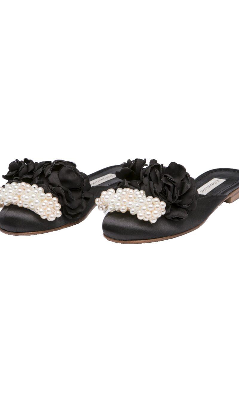 Black pearls and flowers embellished elegant satin slippers - Pokemaoke