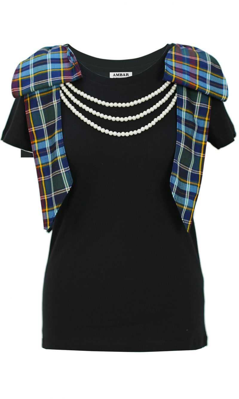 ARTIST black organic cotton t-shirt with tartan bows and white pearls